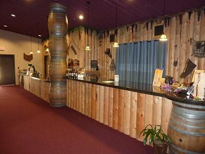 KE Bushman's - inside