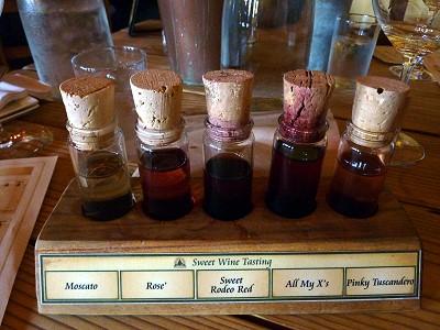 Los Pinos tasting vials