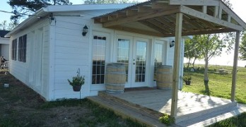 White House Winery - outside
