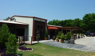 Lost Oak Winery - outside