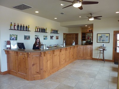 Pedernales - smaller tasting bar
