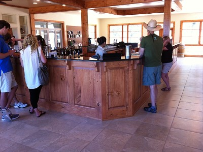 Pedernales - larger tasting bar