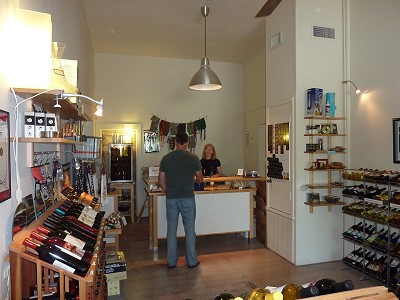 Salado Wine Seller - inside