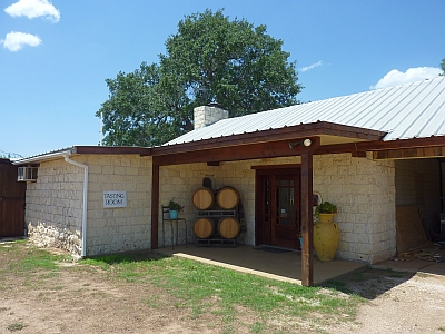Fiesta Winery - outside