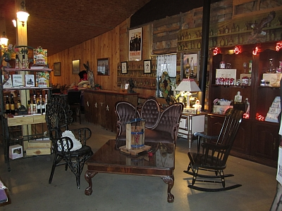 Chisholm - gift shop