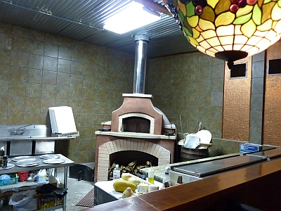 Chisholm - pizza oven