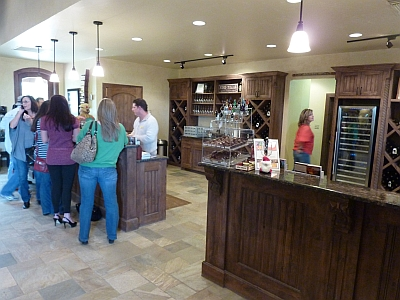 Grape Creek - tasting room 2