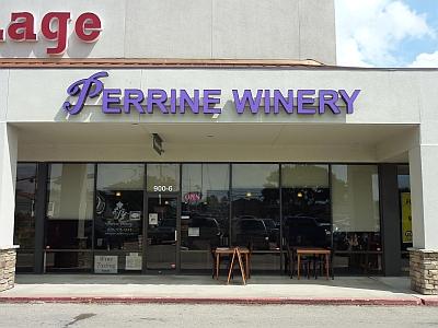 Perrine - outside
