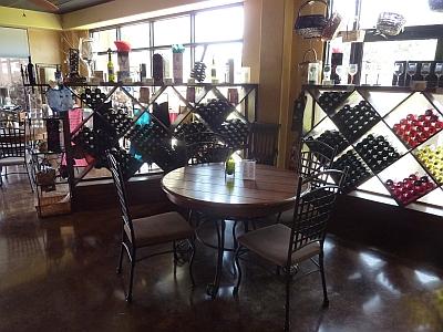 D'Vine Wine Beaumont - gift shop