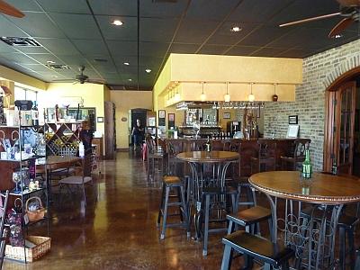 D'Vine Wine Beaumont - inside