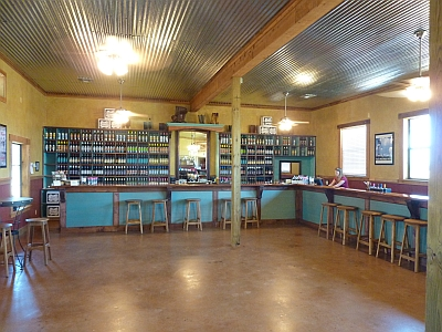 Fiesta Winery 290 - inside