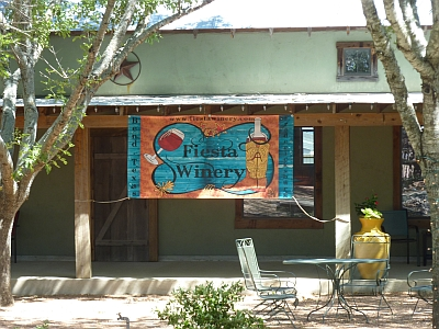 Fiesta Winery 290 - outside