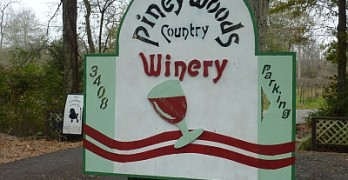 Piney Woods Country Winery and Vineyards