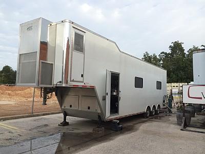 Mobile bottling - trailer