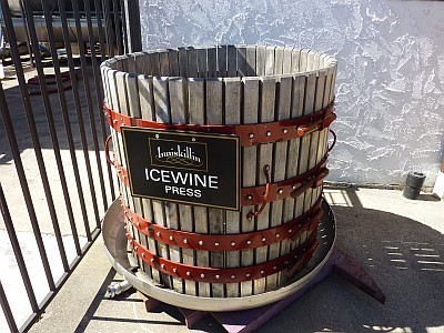 Inniskillin - Icewine press