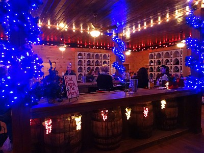 Wonderland Winery - bar