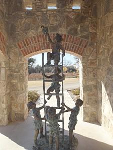Christoval - statue