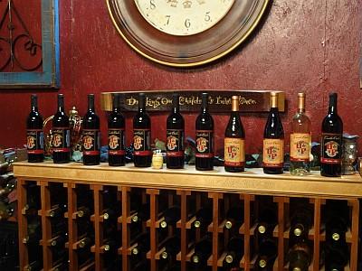Castle Oaks - bottles