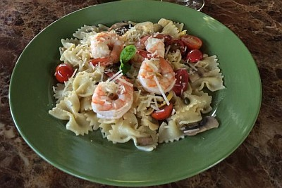 Garlic shrimp pasta at Crump Valley