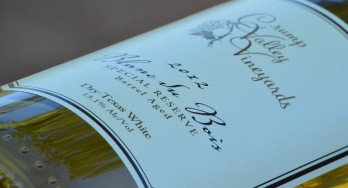 Crump Valley Vineyards Blanc du Bois side bottle