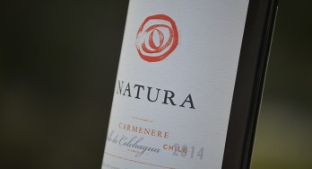 Natura Carménère bottle