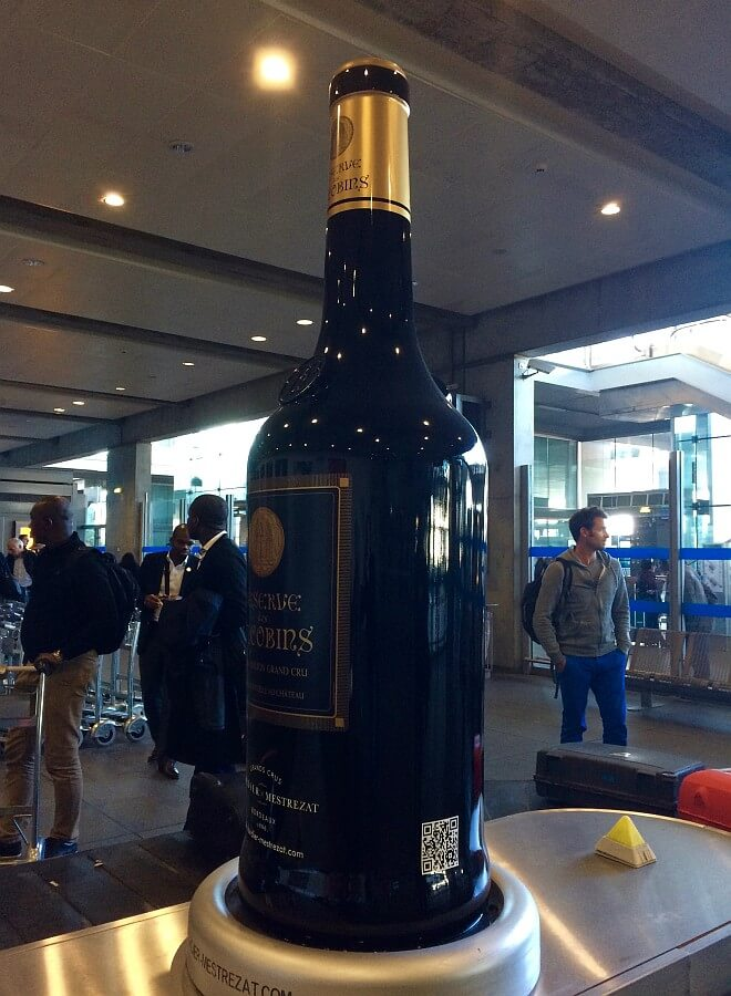Bottle in baggage claim in Bordeaux