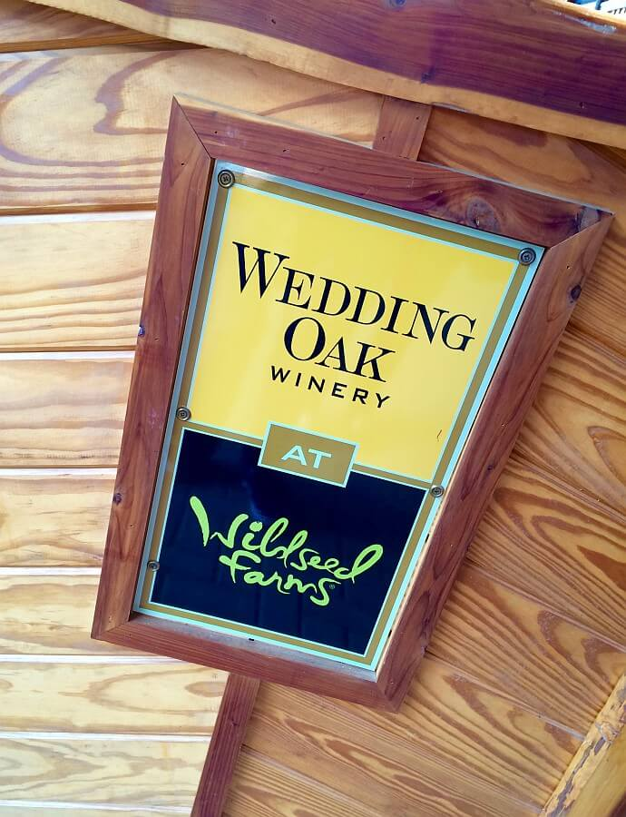 Wedding Oak Winery at Wildseed Farms sign