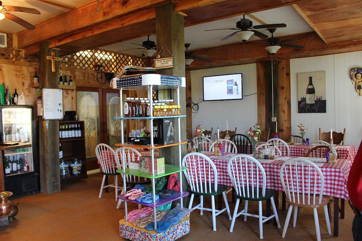 Frascone Winery restaurant