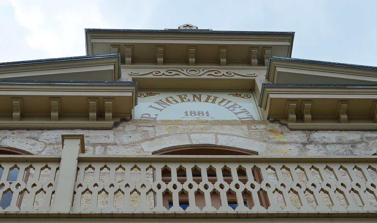 Ingenheutt building