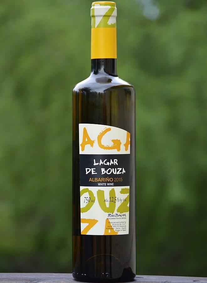 Lagar de Bouza Albariño bottle
