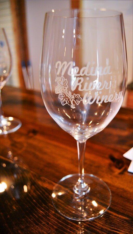Medina River Winery White Wine Glass