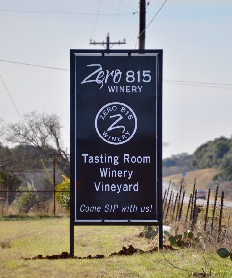 Zero 815 Winery sign