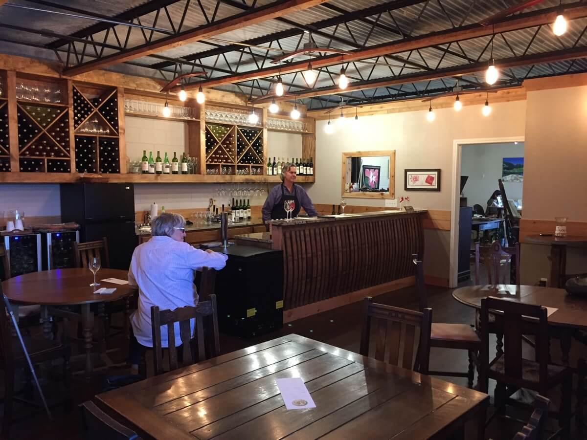 M6 Winery inside