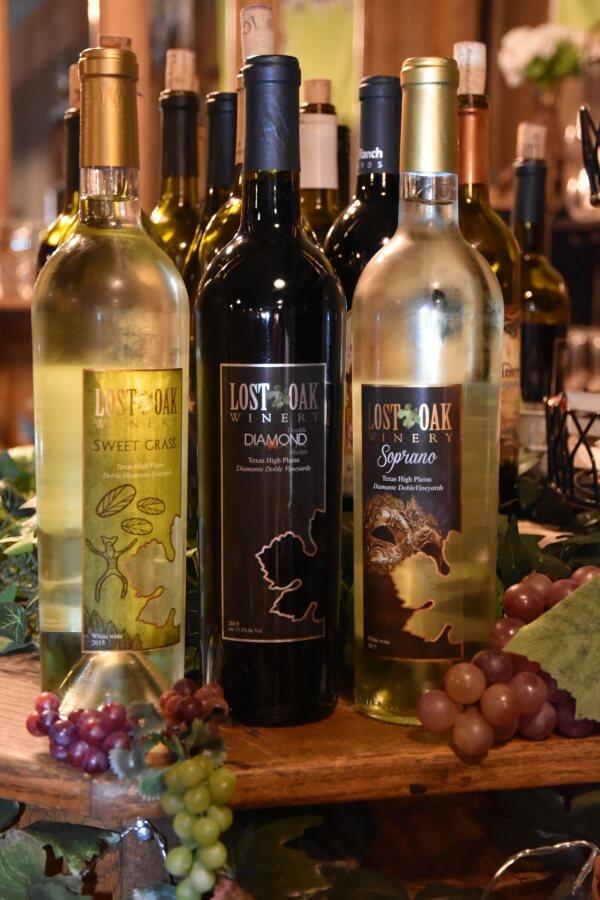 Lost Oak Winery wines