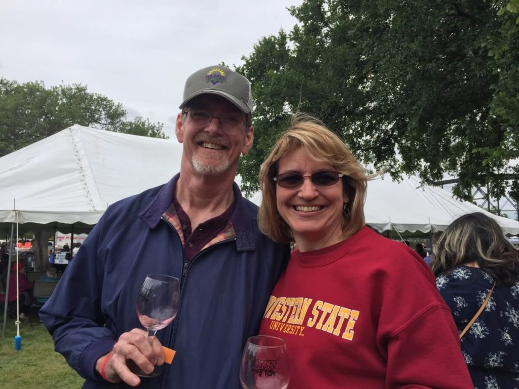 Texas Wine Lovers: Shelly and Laurie Ware