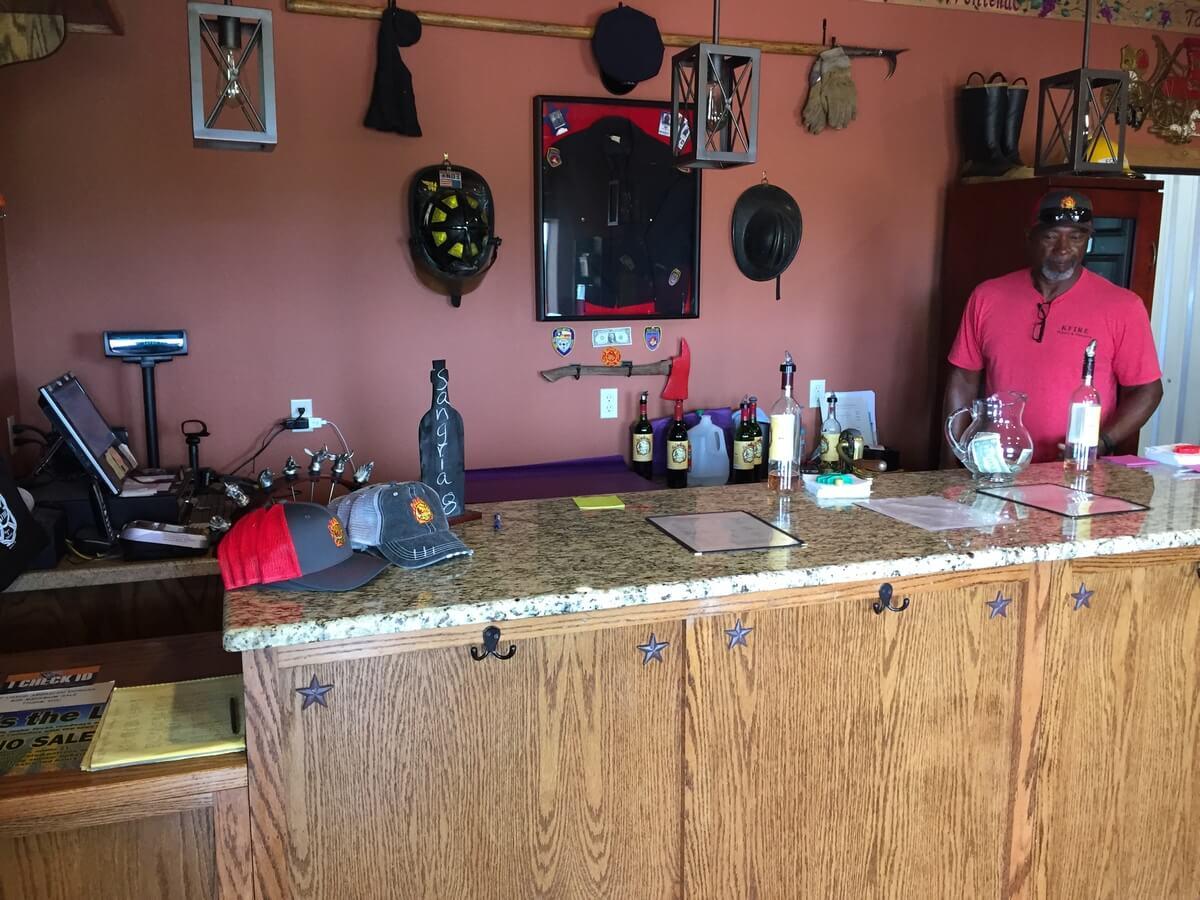 Kfire Winery and Vineyard tasting bar left