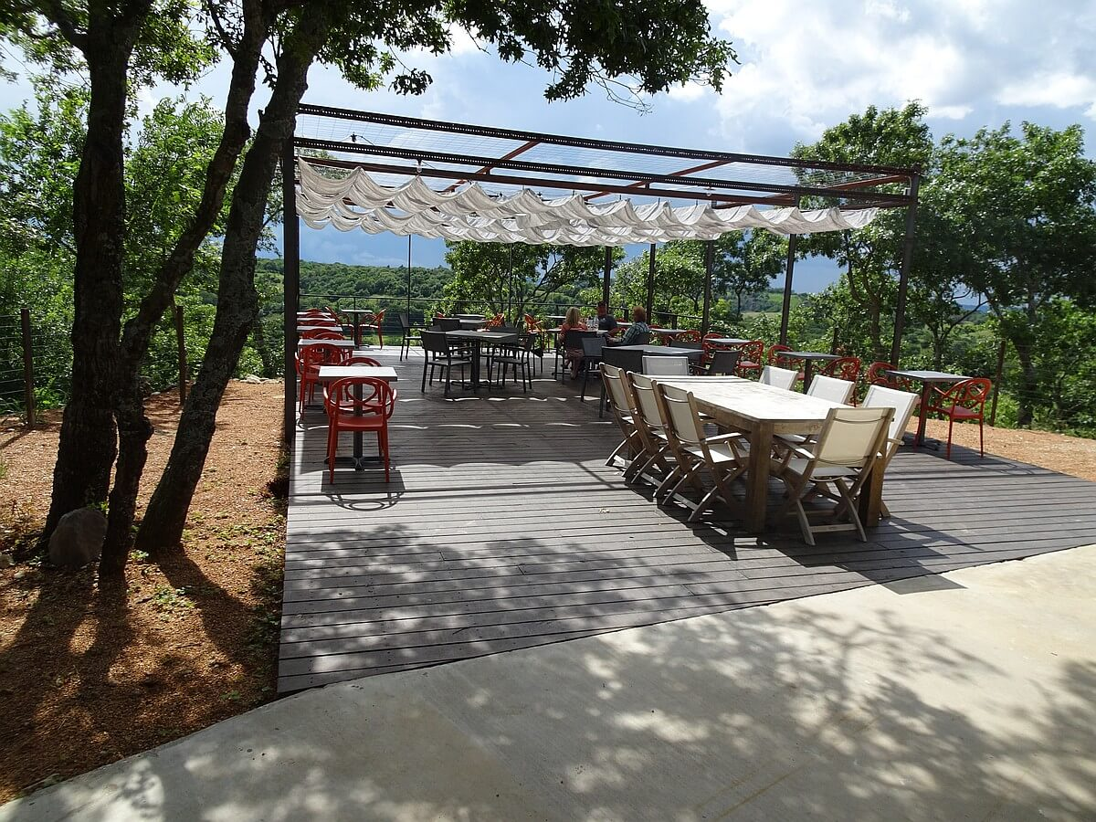 4R Ranch deck