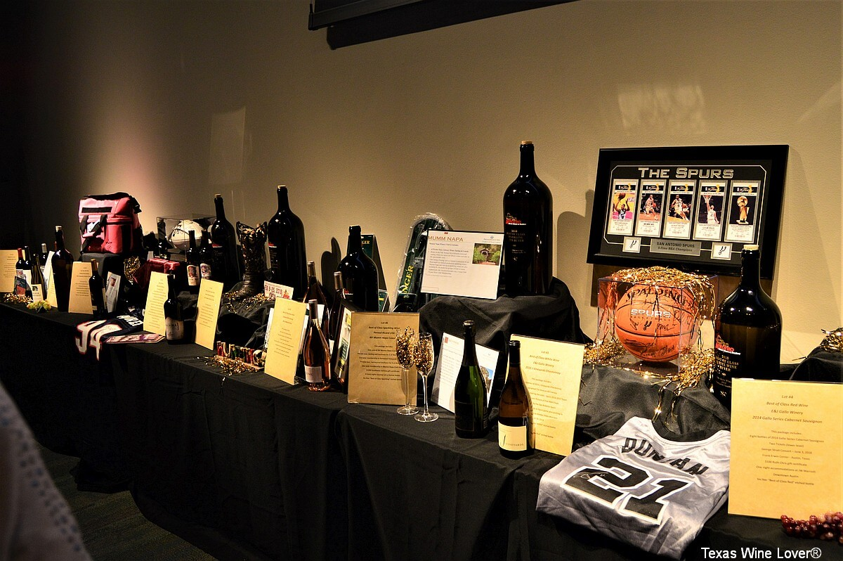Live Auction Items at San Antonio