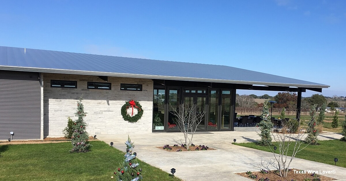 Narrow Path Winery Tasting Room - Stonewall