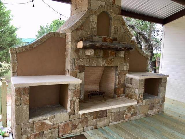 Fireplace on the deck at Texas Heritage Vineyard