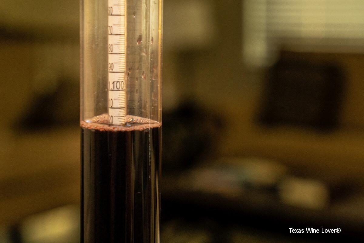 hydrometer reading