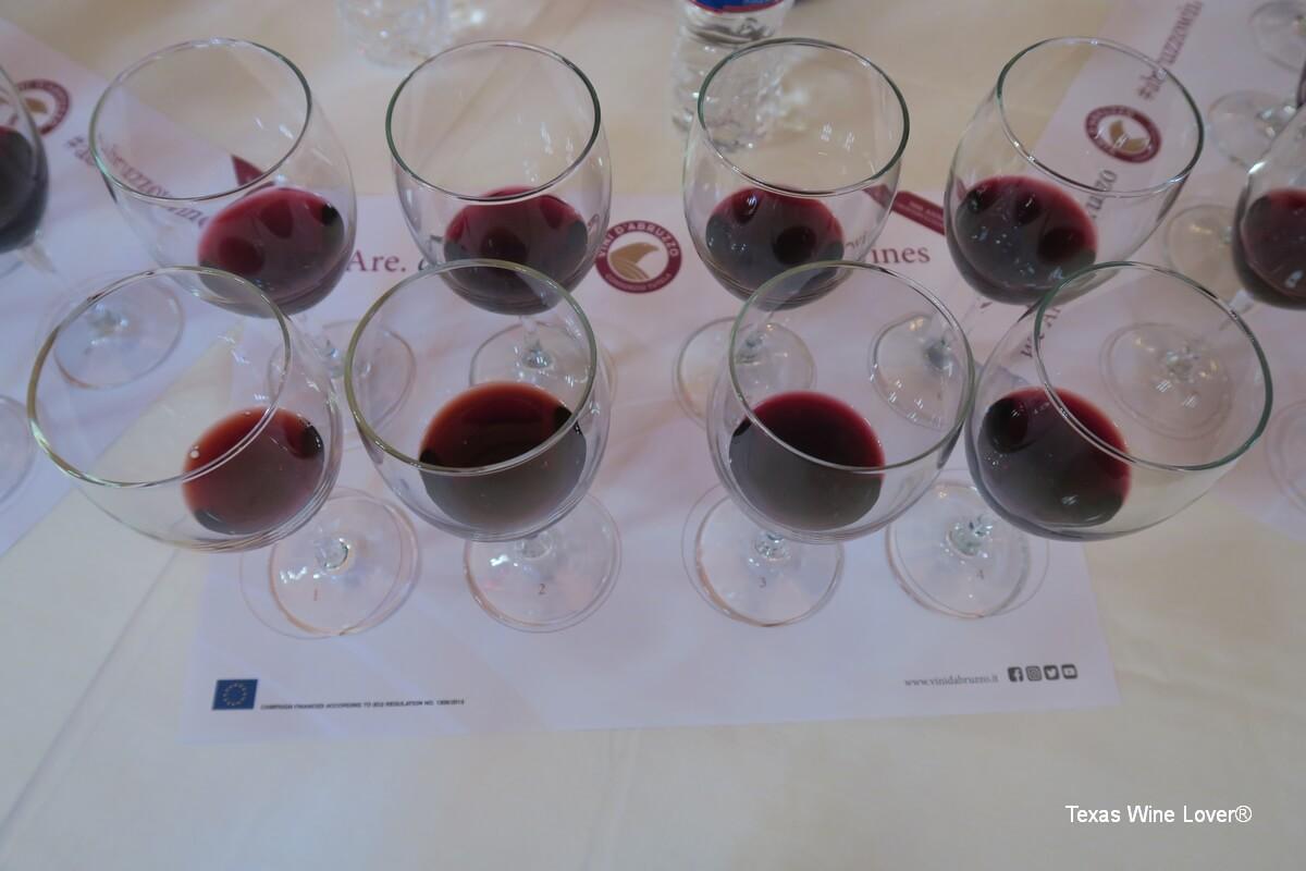 Abruzzo wine tasting