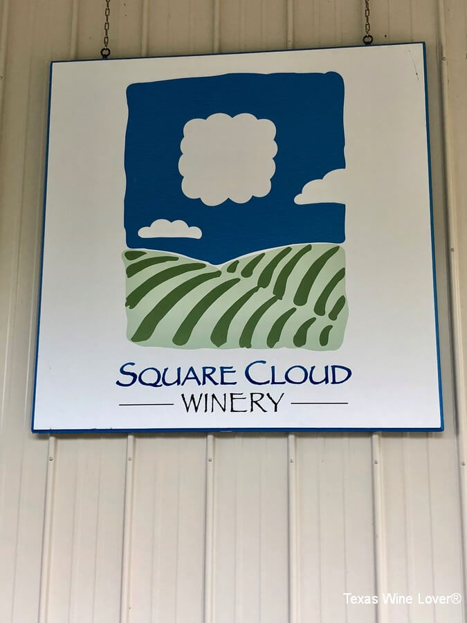 Square Cloud Winery sign