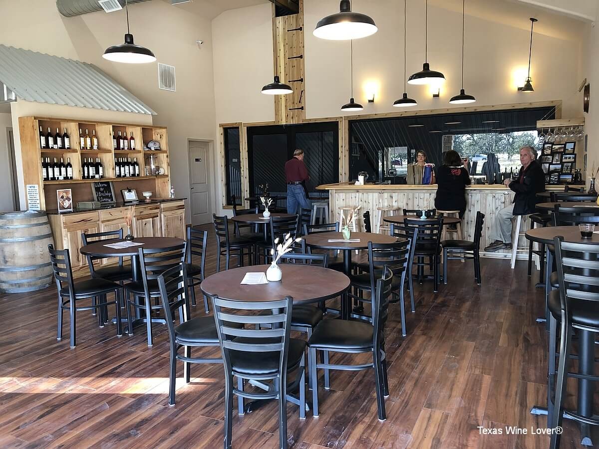 Stoneledge Vineyard and Winery tasting room