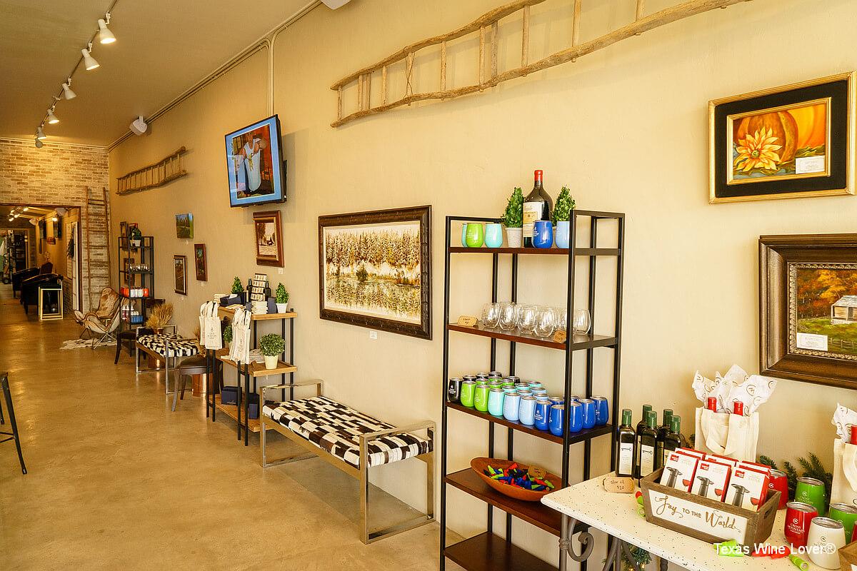 Cross Mountain Vineyards gift shop