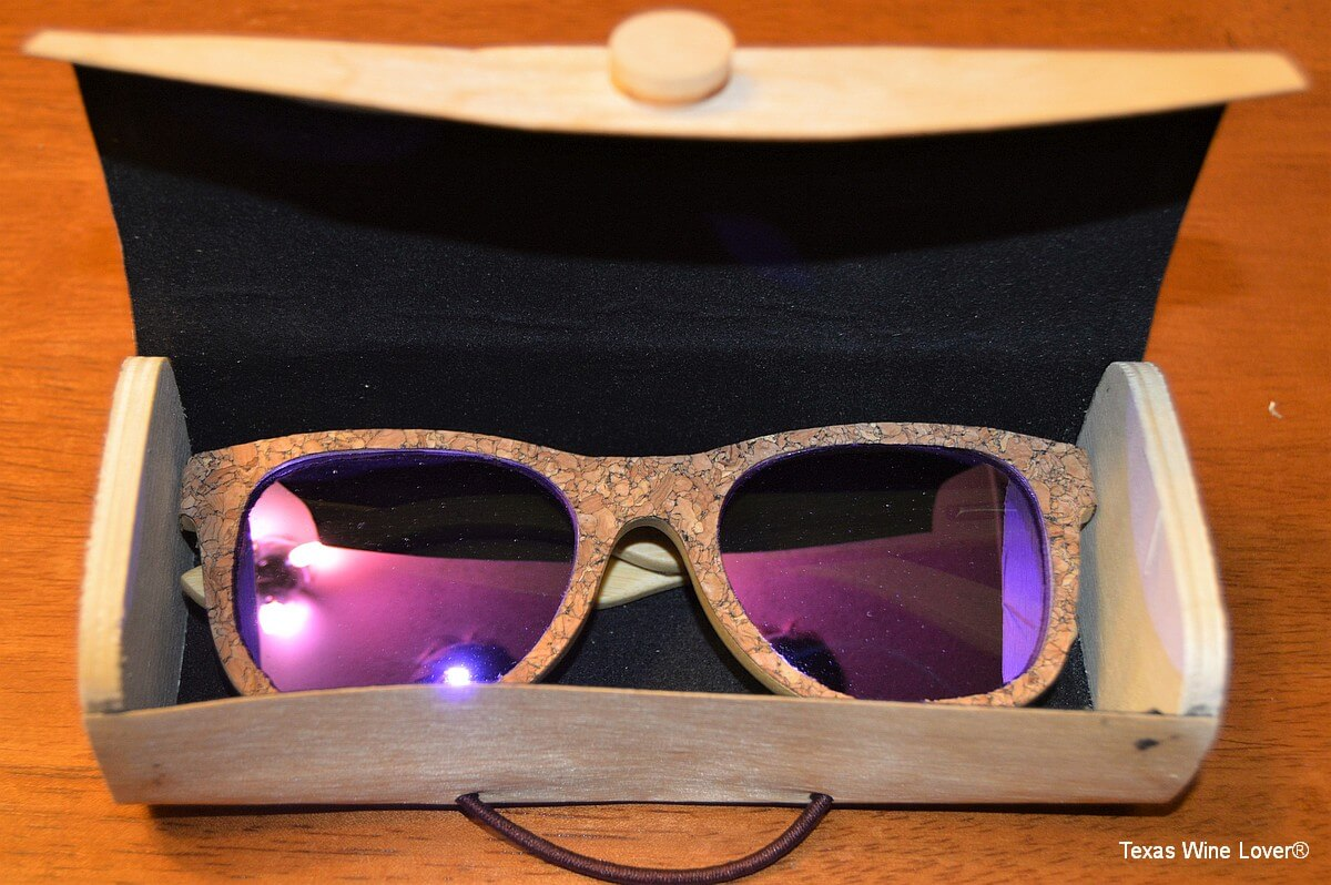 Vineyard Sun sunglasses in the box