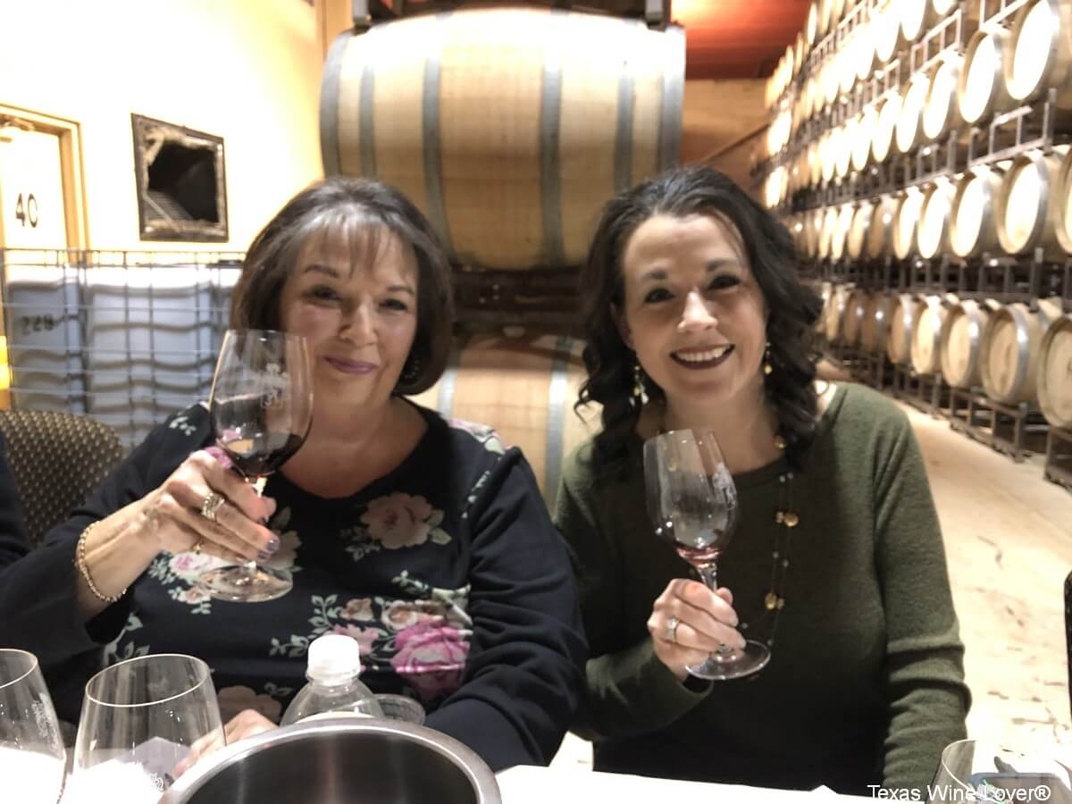 Irene and Laurinda Thomas