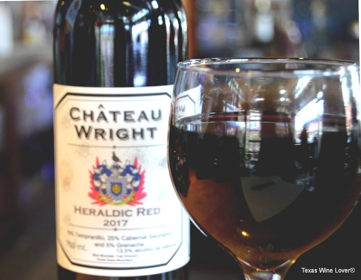 Château Wright Heraldic Red wine glass