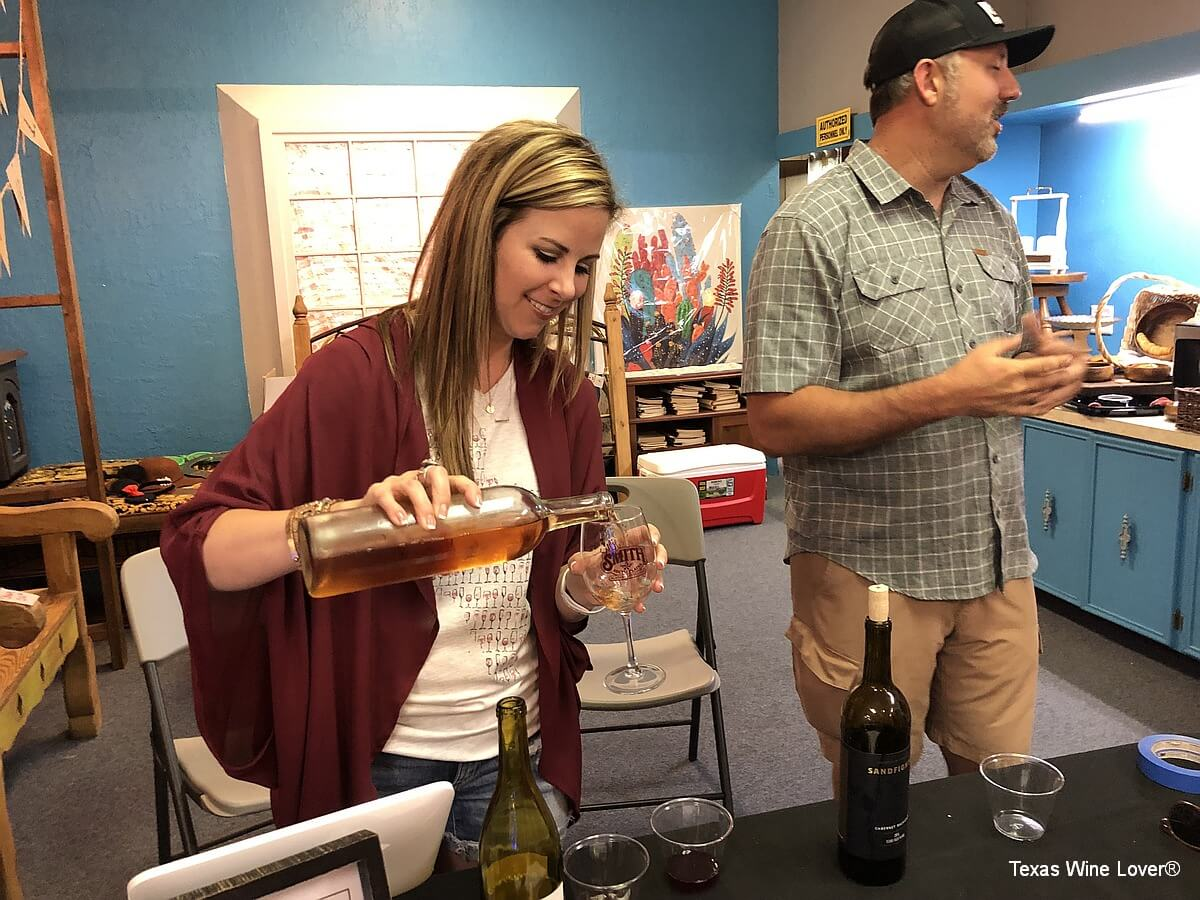 Sandfighter Wines - Kendra and Chase Lane