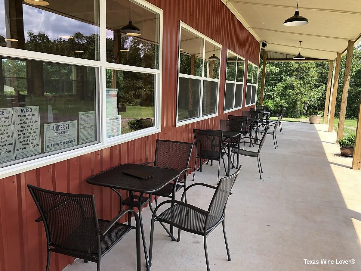 Teysha Vineyard patio